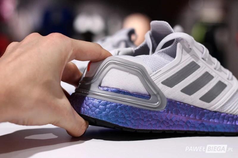 adidas Ultraboost 20 - elastyczność zapiętka
