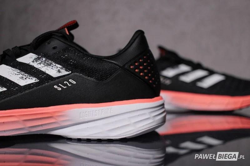 adidas SL20 - zapiętek