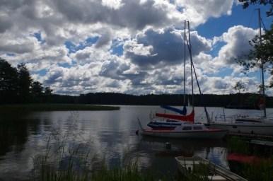 żaglówki na jeziorze nidzkim w rucianem-nidzie na mazurach