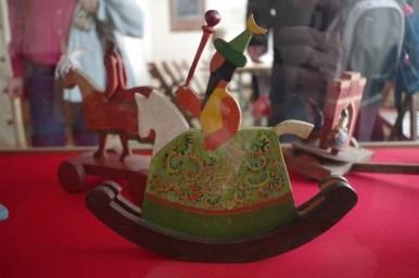 konik, zabawka w muzeum domu zwierzynieckiego w krakowie