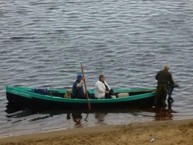transport rzeczny w rosyjskiej tajdze na półwyspie kolskim