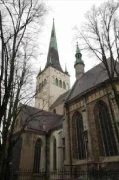 kościół świętego olafa w tallinie w estonii
