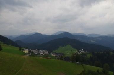 okolice bohinjskiej bistricy w alpach julijskich w słowenii