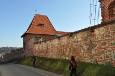 stare mury miejskie w wilnie na litwie