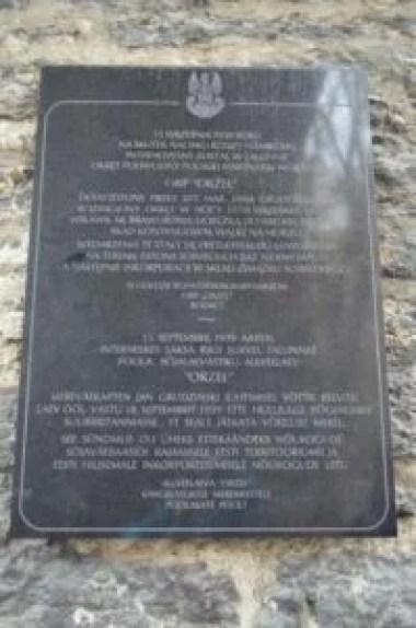 tablica poświęcona pamięci okrętu orp orzeł w tallinie w estonii