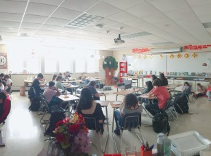 Independent reading day. While some students stay in their desks, other sit on the floor, right, or in alternative seating, left.