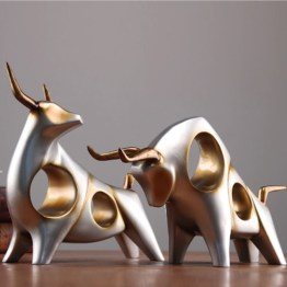 Bull Figurines