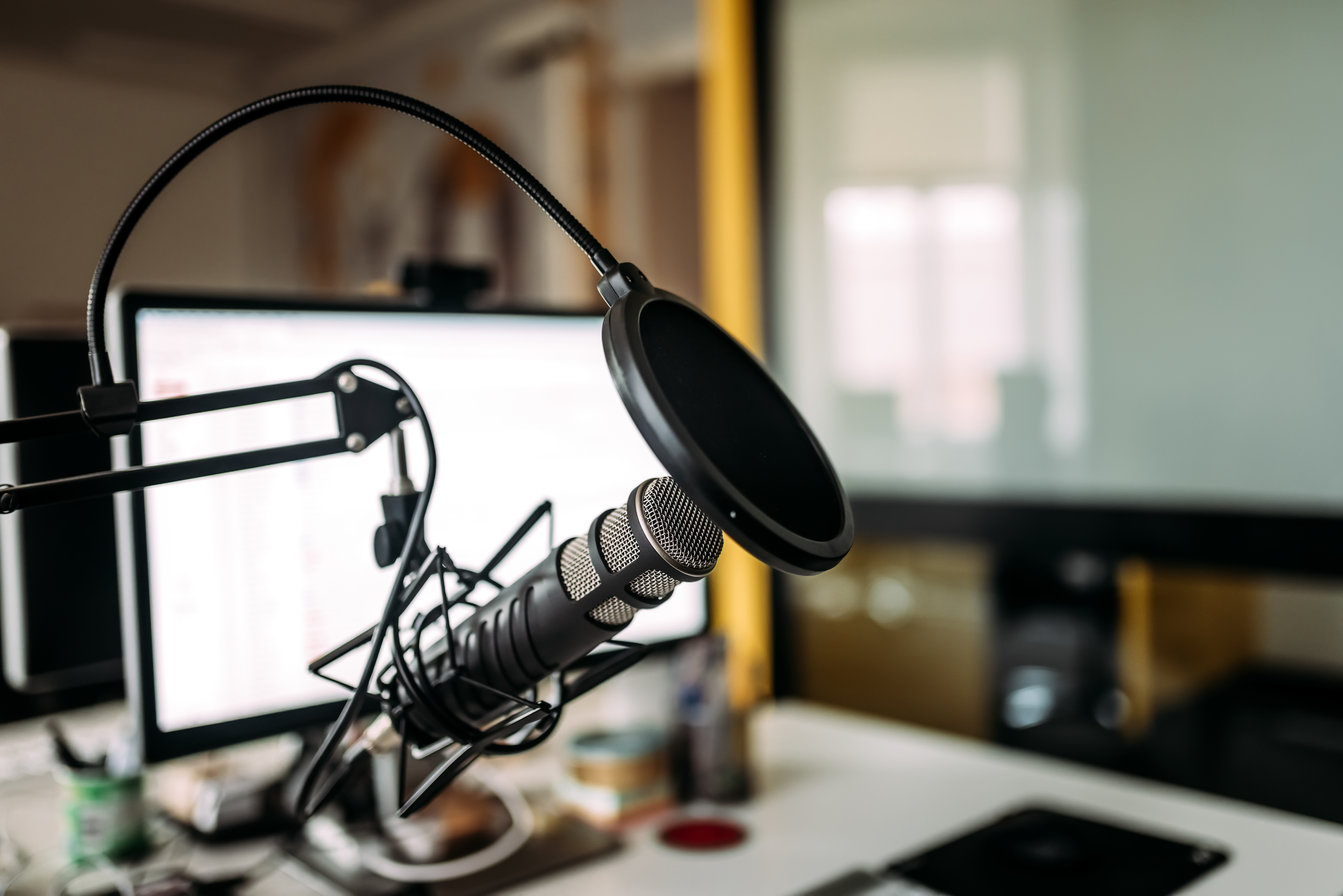 You are currently viewing A billion-dollar land grab in podcasting has begun, and Spotify's leading the charge