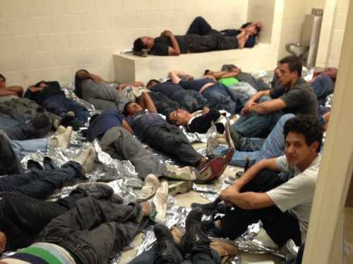 photos-of-the-humanitarian-crisis-at-us-border-detention-centers