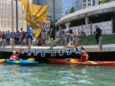 IMG_3794 (1) kayakers with Free Gaza sign