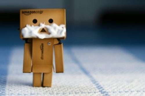 Da das auf den Benutzerkonten von AmazoDie Einlagen auf den Benutzerkonten von Amazon übersteigen inzwischen so manchen Gesamtwert kleinerer Banken