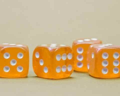 Glücksspiel - Gambling: Don't roll the dice if you can't pay the price!