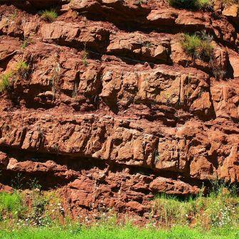 roche-gres-rouge