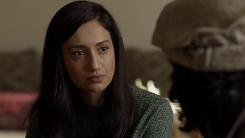 Spanilé herečky Blízkého a Středního východu zářící ve špionážních seriálech