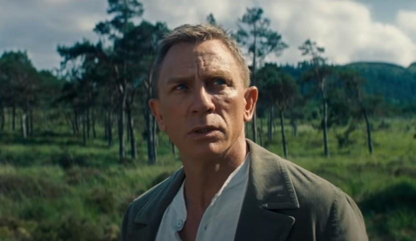 James Bond už není supermanem jako kdysi. Není čas zemřít přepisuje historii legendární série