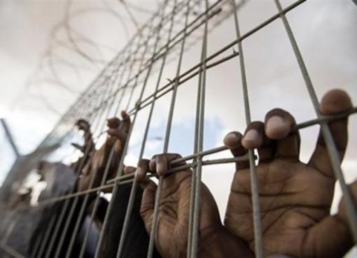 """""""نادي الأسير"""": نقل الأسير المضرب عن الطعام عماد سواركة إلى مستشفى """"برزلاي"""""""