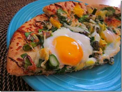 egg topped pizza 011