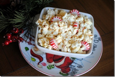 White chocolate peppermint popcorn 008