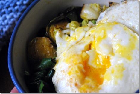egg veggie bowl 047