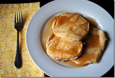 banana protein pancakes 009