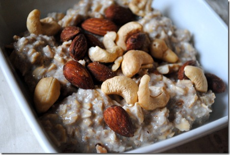 overnight oats with mixed nuts