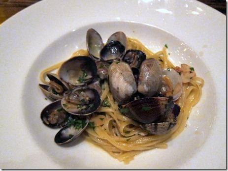 Todd English Tuscany linguini and clams