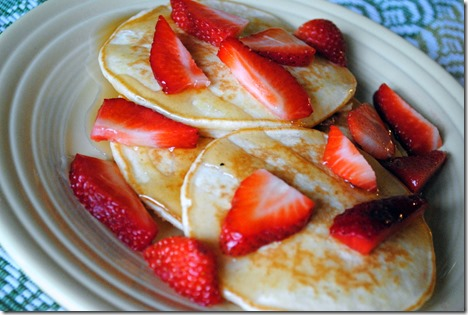 Greek Yogurt Pancakes with Strawberries