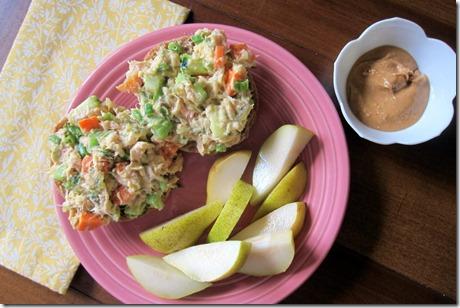 tuna salad with pear