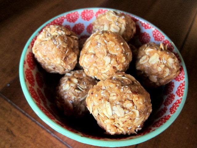 No Bake Oatmeal Nut Butter Balls