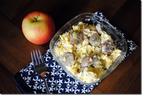 scrambled eggs with apple