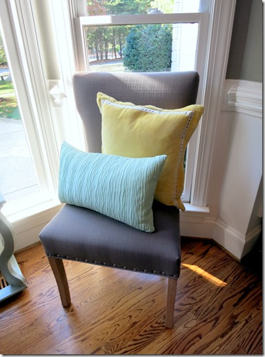 HomeGoods Chair with Accent Pillows