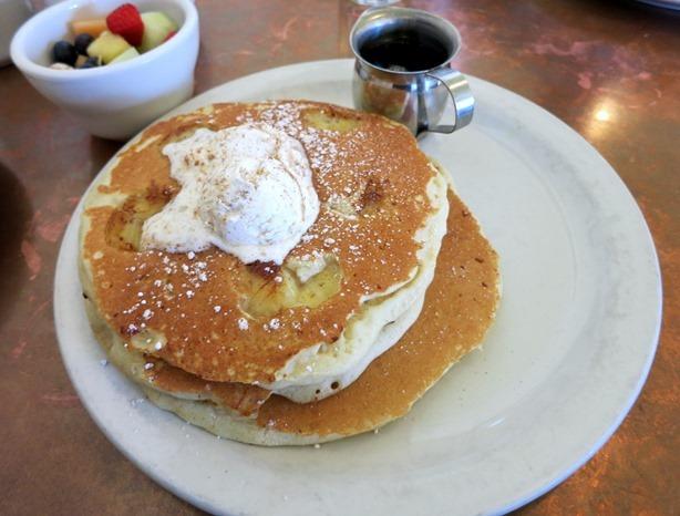pancakes station 400_thumb[1]