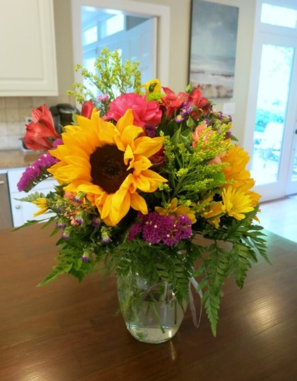 bouquet-with-sunflowers