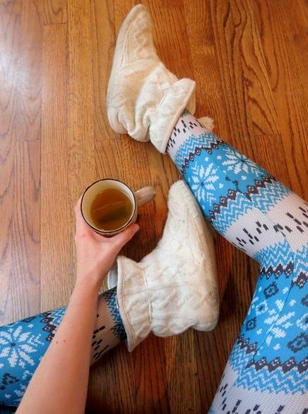 White Plum Holiday Leggings
