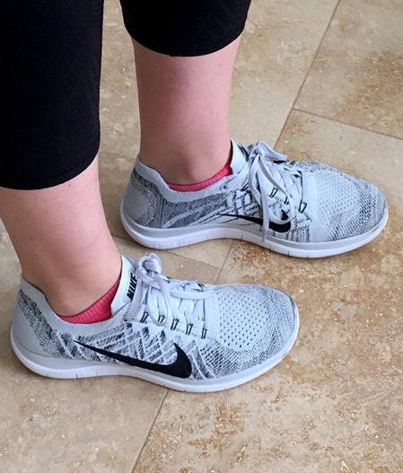 Nike Flyknit Light Gray