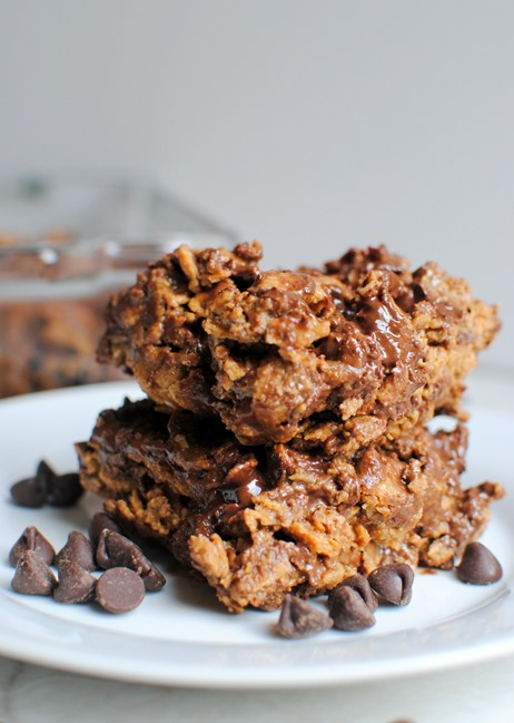 Easy Chocolate Peanut Butter Cereal Bars