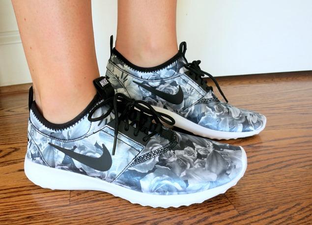 Nike Flower Print Sneakers
