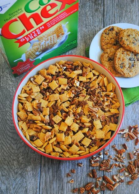 Apple Pie Corn Chex Mix
