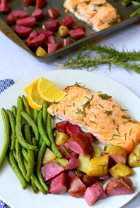 Sheet Pan Paleo Salmon with Rosemary Potatoes and Green Beans
