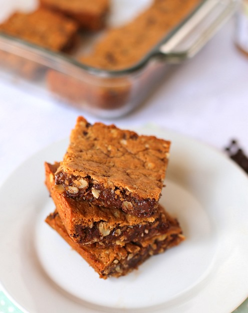 Must Make Chocolate Chip Almond Butter Bars