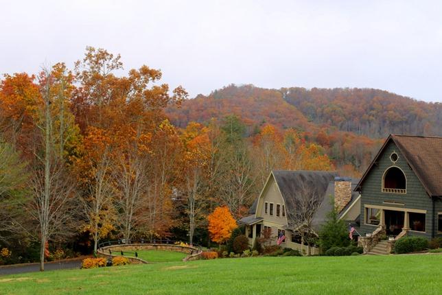 Black Mountain Village at Cheshire