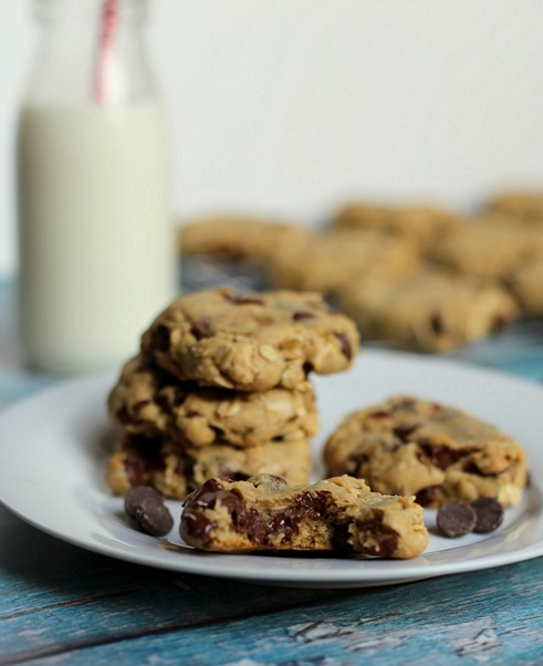 Chocolate Chip Hazenut Oatmeal Cookies