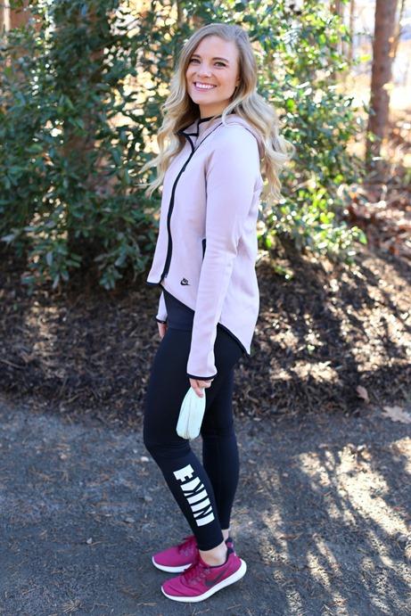 Nike Fleece Rose Pink