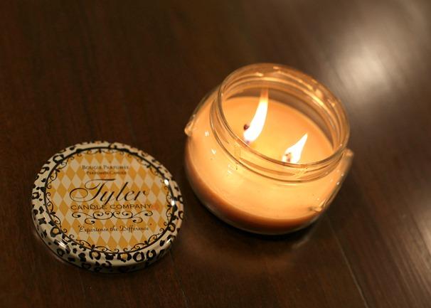 Tyler Candle Company Cinnabuns