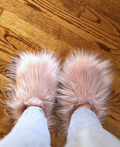 fluffy steve madden slippers