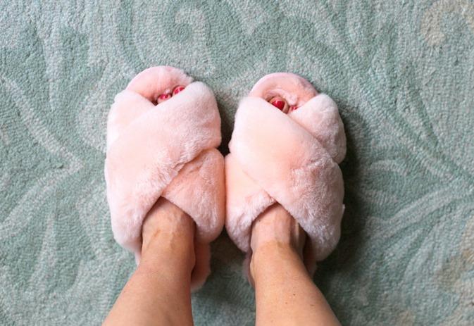 Open Toe Fuzzy Slippers
