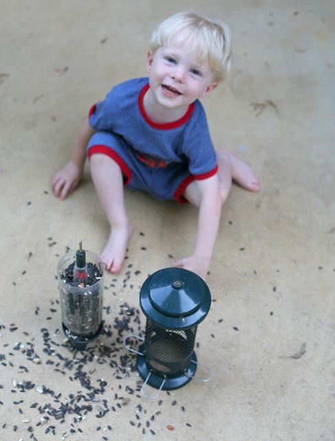 toddler bird feeder