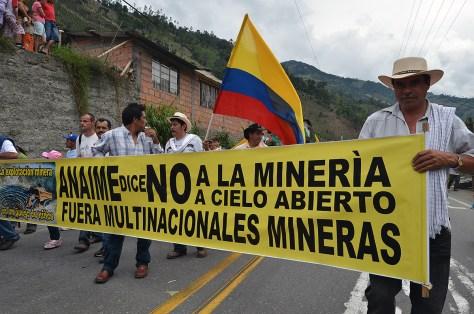 mineria-congreso-pueblos