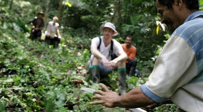 Una partida difícil. Un fotógrafo uruguayo en tierras conflictivas colombianas