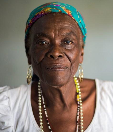 Ventura de 77 años, madre de Aida (lideresa)